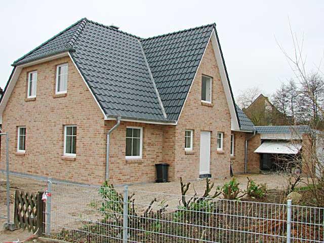 Einfamilienhaus neubau mit garage  Schlüsselfertig Bauen, An- und Umbauten vom Baugeschäft Schwartz ...